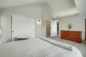04_Main_Bedroom_IMG01570