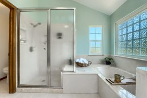 05_Main_Bathroom_IMG_4256
