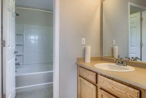 05_Main_Bathroom_IMG_2862