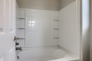 05_Main_Bathroom_IMG_2872
