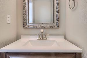 07_Bathroom_IMG_2577
