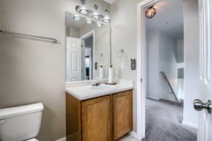 07_Bathroom_IMG_5636