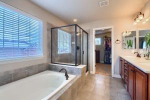 05_Main_Bathroom_IMG_0377
