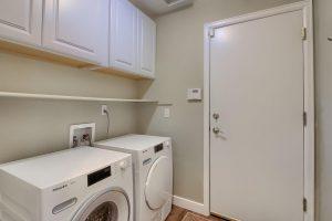 13_Laundry_Room_IMG_0210