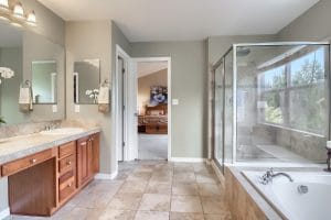 05_Main_Bathroom_IMG_7697