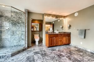 05_Main_Bathroom_IMG_5283