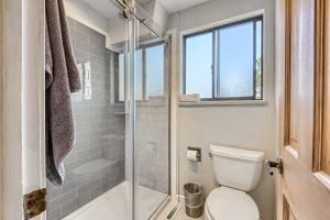 05_Main_Bathroom_IMG_5939