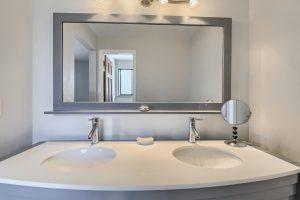 05_Main_Bathroom_IMG_5944