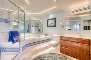 05_Master_Bathroom_IMG_8898