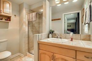 07_Bathroom__MG_6945