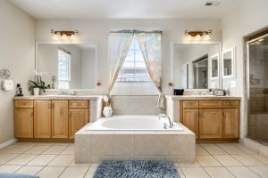 05_Master_Bathroom__MG_9717