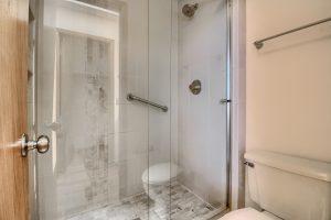 05_Main_Bathroom_IMG_0420