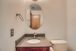 07_Bathroom_IMG_0110